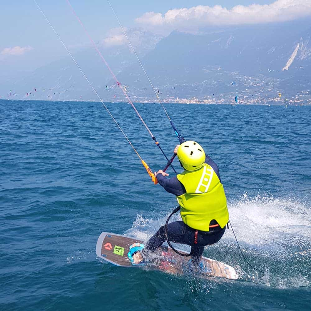 Easykite-2-water-board-kite