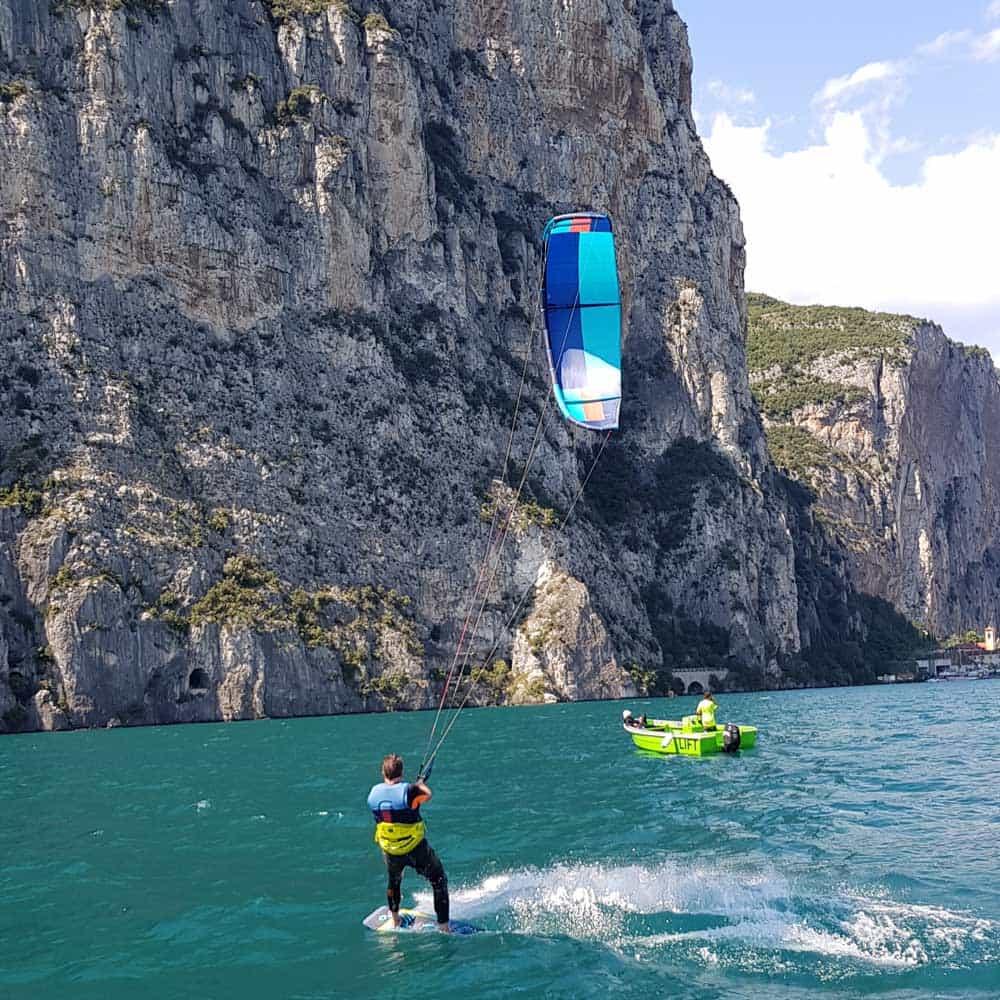 Easykite-3-boat-water-kite