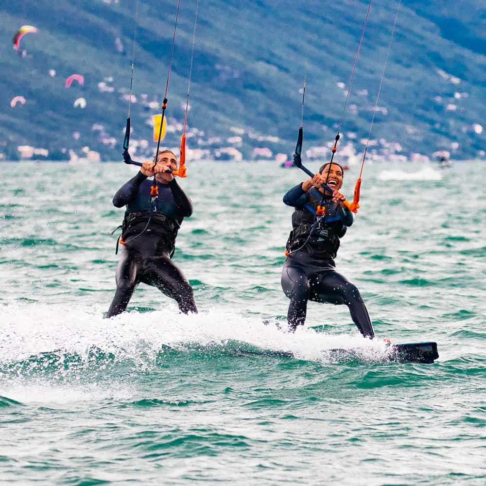 Easykite-4-water-board-couple