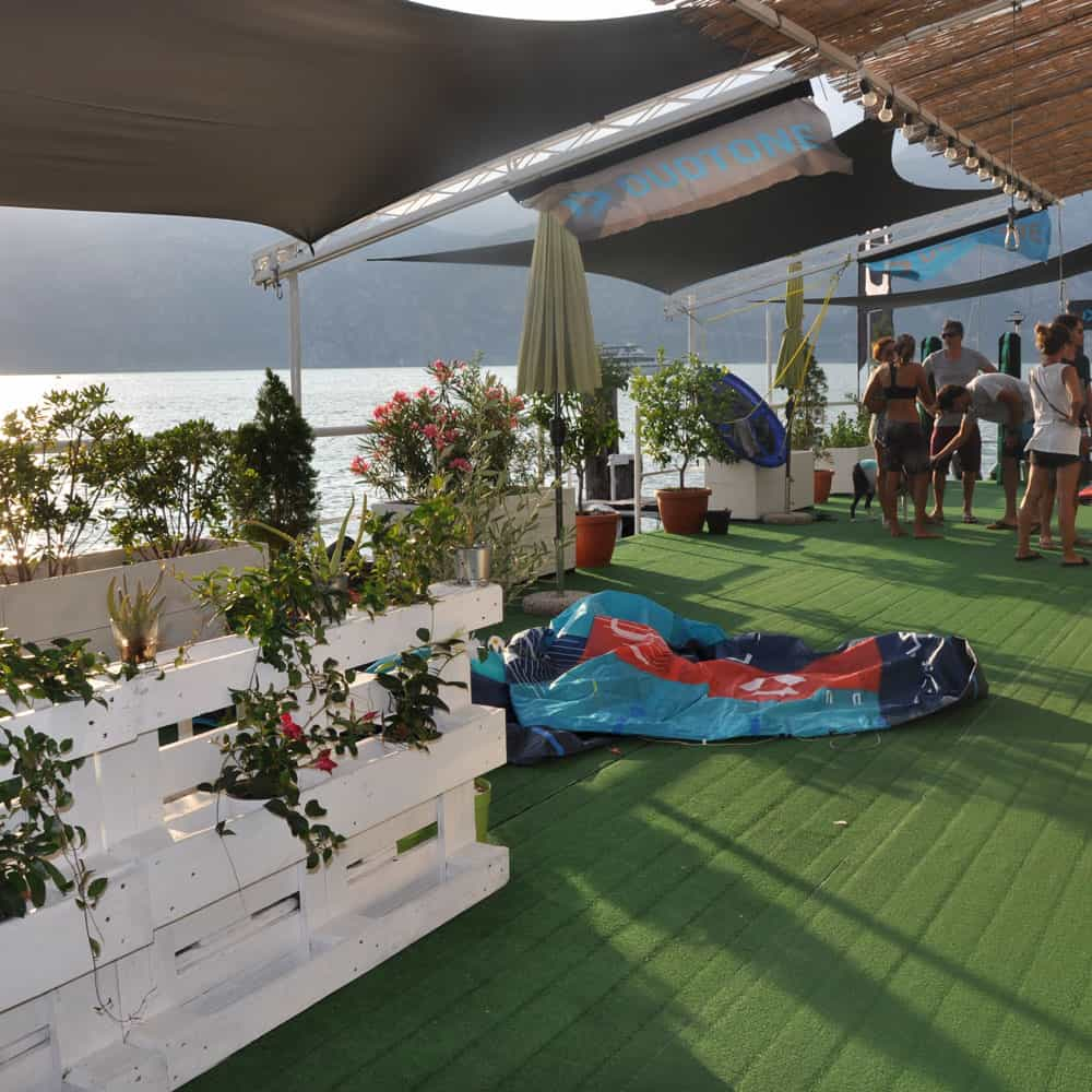 Easykite-kitehouse-summer-people
